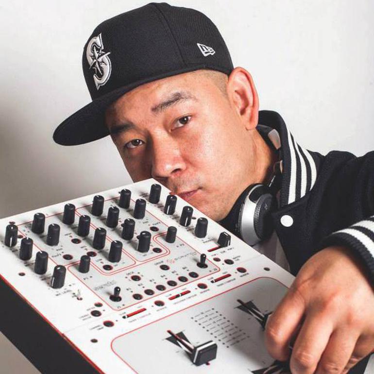 DJ LIL SHONN